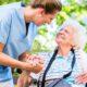 Perché preferire una casa residenza per anziani alla badante
